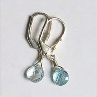 Boucles d'oreilles Topaze bleue et Argent