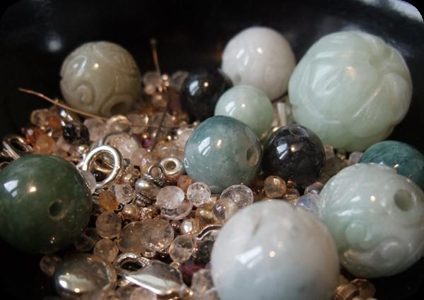 Perles de Jade et quelques quartz